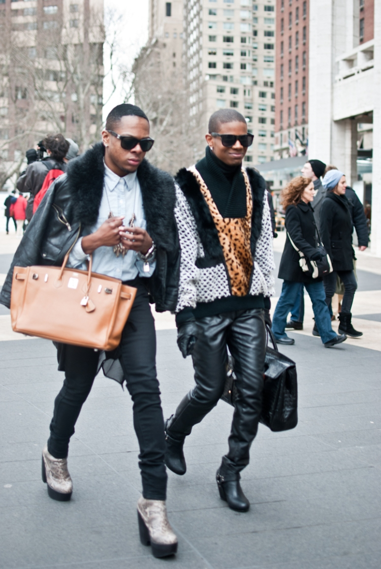 Nyfw street style men in heels picturedbydesign new york fashion and architecture Mens high fashion street style
