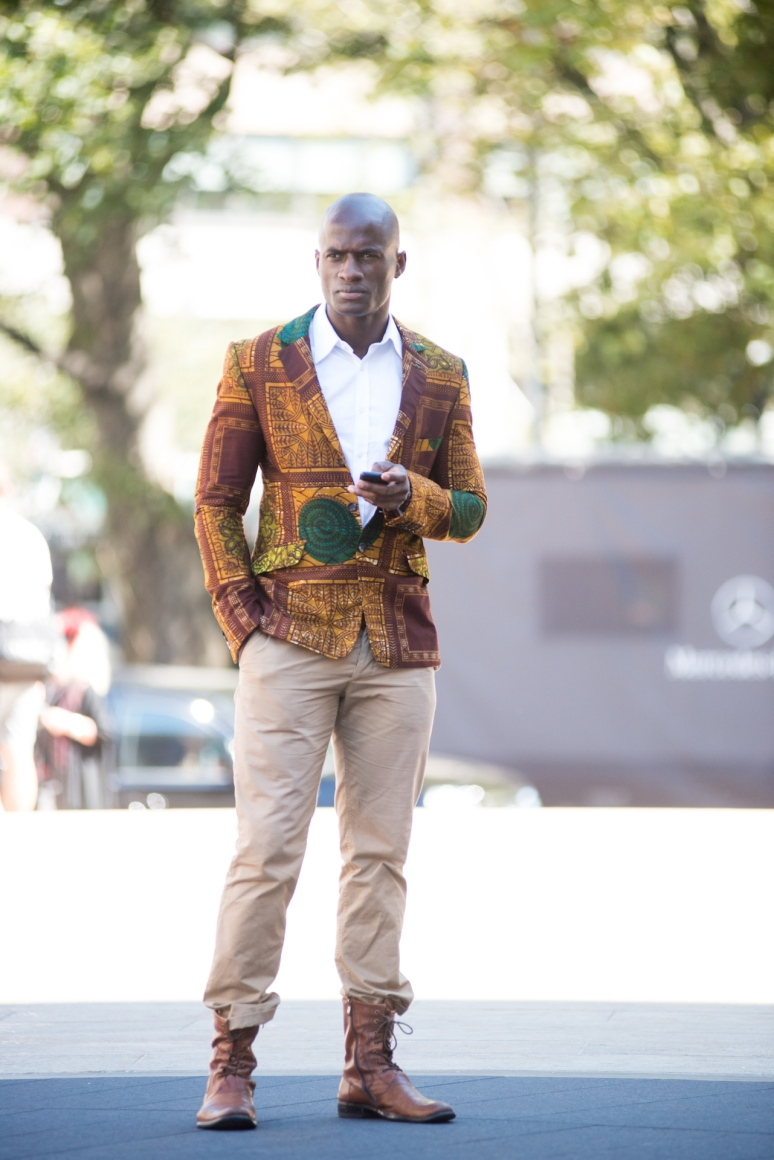 New York Fashion Week | Men in Suits | Street Style