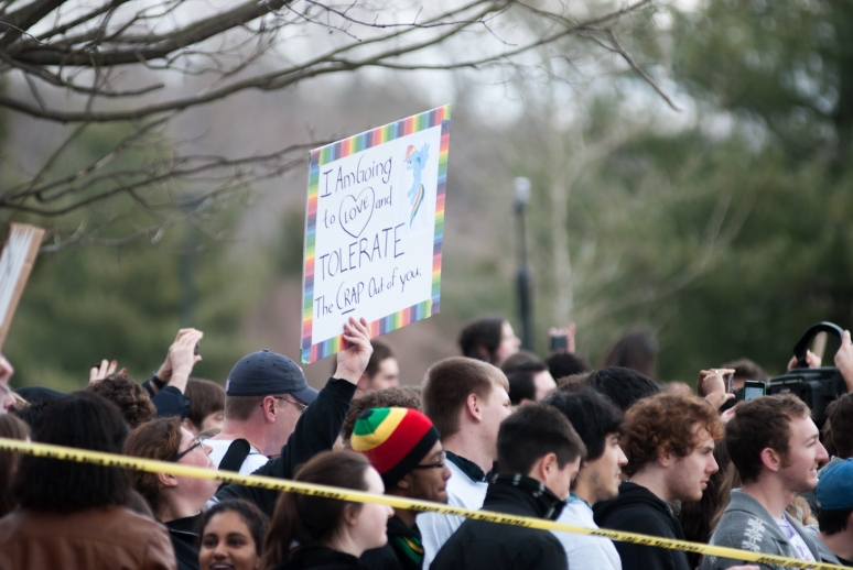 Vassar College | Westboro Baptist Church | Poughkeepsie Protest | Counter Picket | fck h8