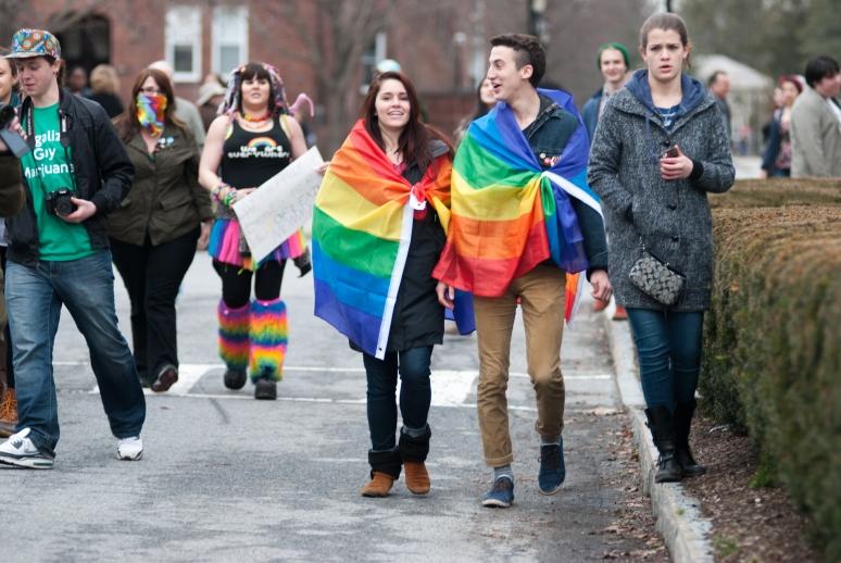 Vassar College | Westboro Baptist Church | Poughkeepsie Protest | Counter Picket | fck h8