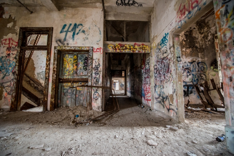 Urban Exploration | Urban Decay | New York City Farm Colony | Staten Island | Photography | Architecture | Graffiti